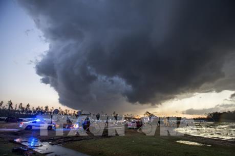 Bão lớn tại Đông Nam nước Mỹ khiến hàng chục người thương vong