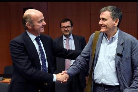Eurozone thông qua các biện pháp giảm nợ trong ngắn hạn cho Hy Lạp