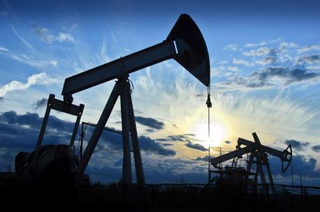 Giá dầu thế giới tăng khoảng 2% nhờ diễn biến tích cực từ thị trường chứng khoán Mỹ