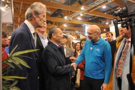 Việt Nam quảng bá nhiều sản phẩm hấp dẫn tại Hội chợ Du lịch Quốc tế Brussels 2017