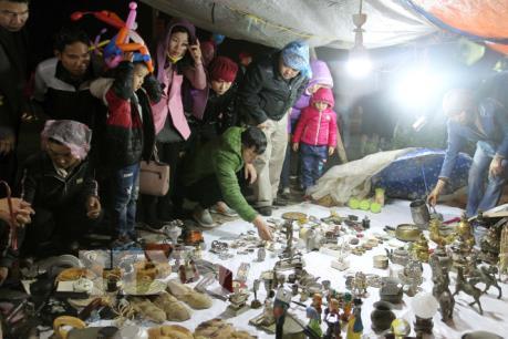 Độc đáo chợ Viềng - phiên chợ cầu may mỗi năm chỉ họp một lần