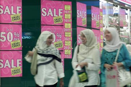 Người dân Malaysia sẽ chi tiêu ít hơn trong năm 2017