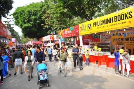 Nhà Xuất bản Kim Đồng có doanh thu cao nhất phố sách Xuân Đinh Dậu 2017