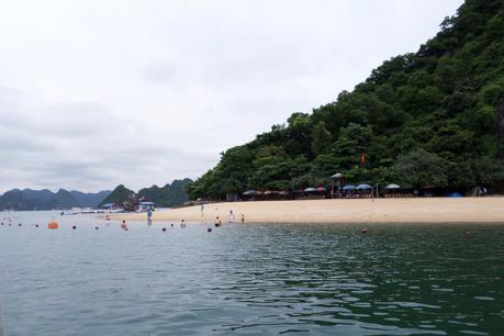 Một du khách nước ngoài mất tích trên Vịnh Hạ Long