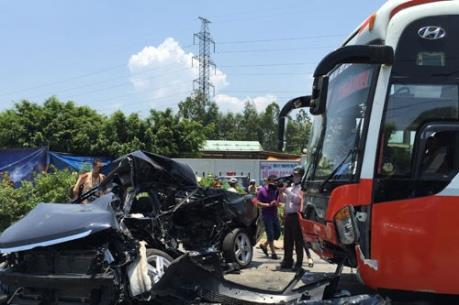 Tổng cục Đường bộ yêu cầu kiểm tra hoạt động HTX xe khách Trung Nam