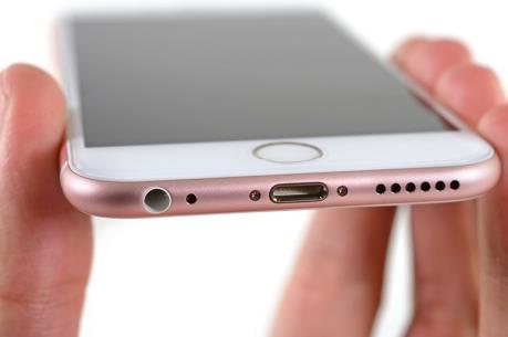 Apple rục rịch ra chuẩn kết nối mới cho điện thoại iPhone?