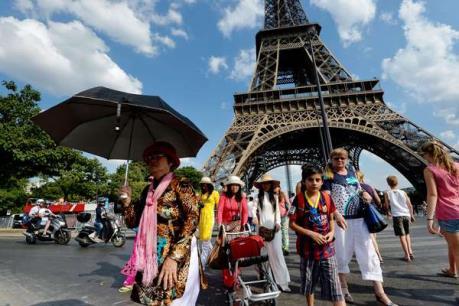 Ngành du lịch Pháp phục hồi vào cuối năm 2016