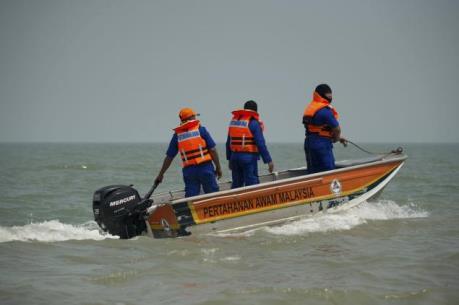 Lật thuyền khiến 13 người mất tích tại Malaysia