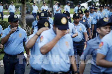 Sa thải gần 100 cảnh sát do sử dụng ma túy