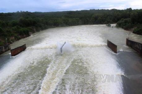Đề nghị đầu tư đường ống dẫn nước sinh hoạt từ hồ Dầu Tiếng về Tp. Hồ Chí Minh