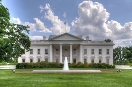 Nhà Trắng cân nhắc ban hành sắc lệnh di trú mới