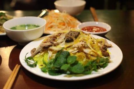 7 quán cơm gà ngon khó cưỡng tại Hà Nội