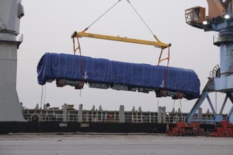 Đoàn tầu đầu tiên dự án đường sắt Cát Linh – Hà Đông đã về đến Hà Nội
