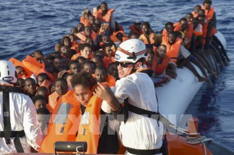 Số người di cư vượt biển tới châu Âu giảm mạnh