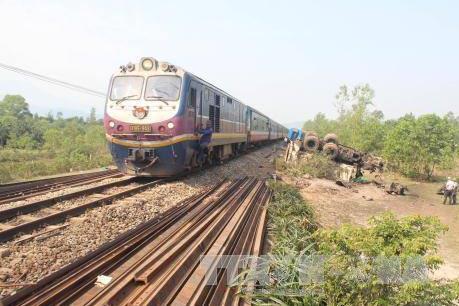 Tai nạn đường sắt ở Đồng Nai khiến 2 thanh niên tử vong