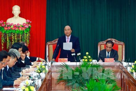 Thủ tướng Nguyễn Xuân Phúc: Kinh tế lâm nghiệp là lối ra cho Tuyên Quang