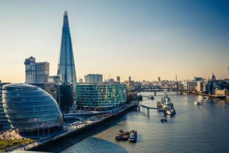 Giới lãnh đạo tài chính thế giới bi quan về vị thế của London