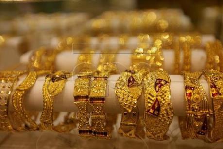 """Giá vàng rời mức """"đỉnh"""" trong ba tháng rưỡi"""