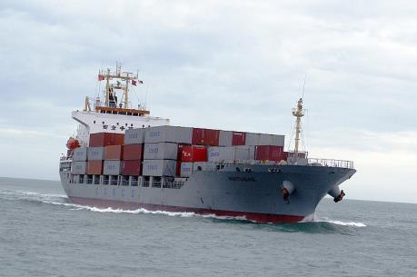 Kiên Giang: Cứu 7 người cùng tàu chở hàng gặp nạn trên biển