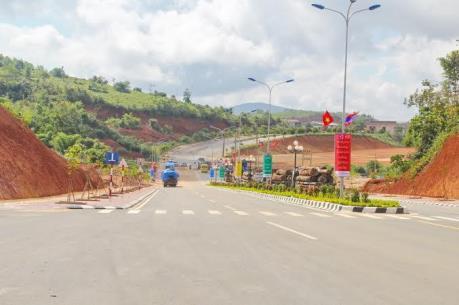 Đầu tư tuyến đường cao tốc Bờ Y - Ngọc Hồi- Pleiku