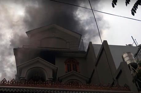 Cháy lớn tại biệt thự ở TP.HCM, một người tử vong