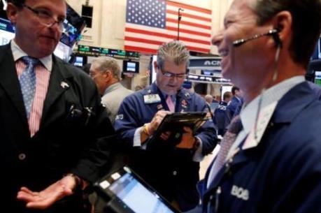 Chỉ số S&P 500 xác lập đỉnh cao mới