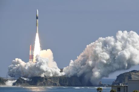 Nhật Bản phóng thành công vệ tinh do thám Radar 5
