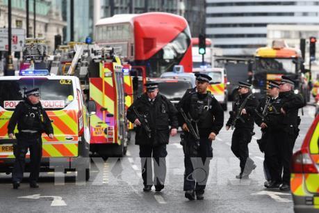 Tin mới nhất về vụ tấn công khủng bố bên ngoài tòa nhà Quốc hội Anh