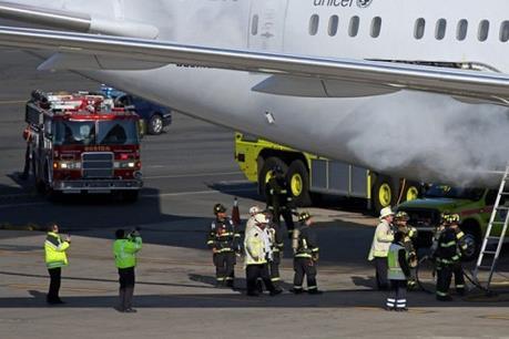 Cảnh báo mối đe dọa an toàn bay do thiết bị điện tử ở khoang hành lý
