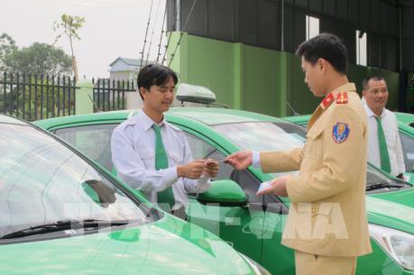 Hà Nội xử lý 1.400 trường hợp xe taxi vi phạm an toàn giao thông