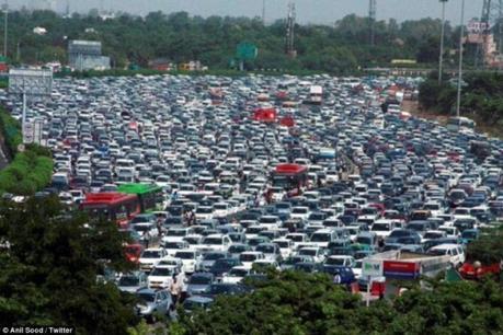 Ôtô Ấn Độ nhập vào Việt Nam giá chưa tới 90 triệu đồng mỗi chiếc