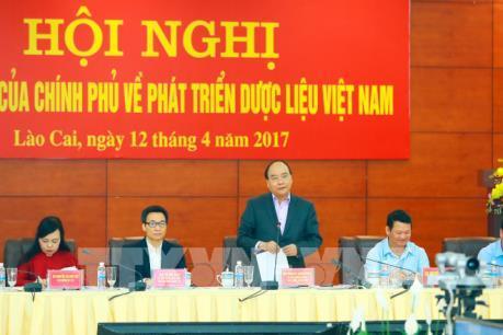 Thủ tướng Nguyễn Xuân Phúc chủ trì Hội nghị toàn quốc về phát triển dược liệu Việt Nam