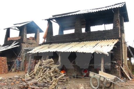 Ninh Thuận xóa bỏ cơ sở sản xuất vật liệu bằng lò nung thủ công