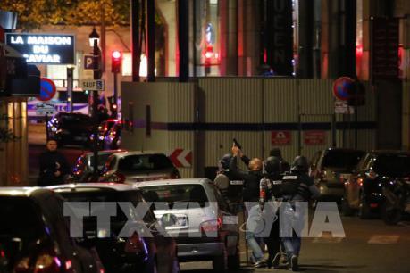 Vụ nổ súng tại Paris: Hung thủ có mối liên hệ với IS