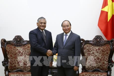 Thủ tướng Nguyễn Xuân Phúc tiếp Quốc vụ khanh Bộ Ngoại giao Ấn Độ