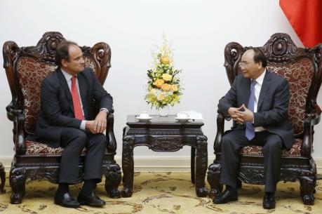 Thủ tướng Nguyễn Xuân Phúc tiếp Tổng Thư ký Tòa Trọng tài thường trực