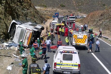 Xe chở học sinh gặp nạn thảm khốc tại Nam Phi