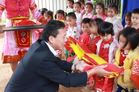 Tiếp tục triển khai dự án Chuỗi trường học hữu nghị Canon