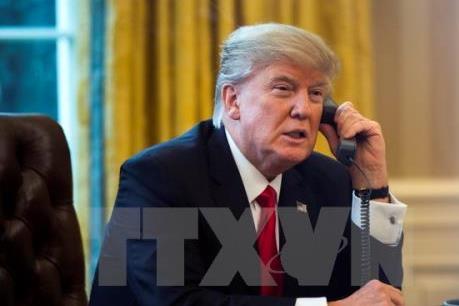 Tổng thống Donald Trump: 100 ngày xáo trộn