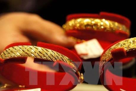 Giá vàng châu Á ở mức cao nhất trong một tuần