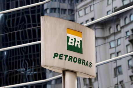 Bắt 2 cựu lãnh đạo Tập đoàn Petrobras dính líu tới vụ bê bối tham nhũng