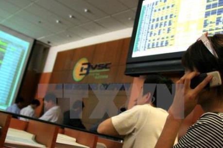Chứng khoán chiều 5/5: Vn- Index rơi về mốc 720 điểm
