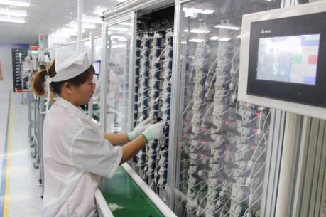 Việt Nam khó đạt mục tiêu tăng trưởng kinh tế khi năng suất giảm