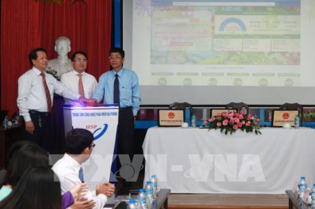 Khai trương cổng dịch vụ công trực tuyến thành phố Hải Phòng