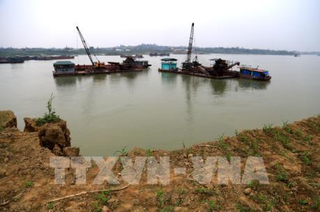 Doanh nghiệp khai thác cát, sỏi trên sông Lô tại Phú Thọ phớt lờ chỉ đạo của tỉnh