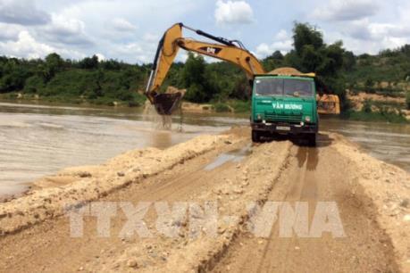 Vi phạm trong khai thác cát, sỏi: Kon Tum yêu cầu làm rõ trách nhiệm người đứng đầu