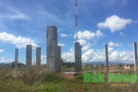Công trình tượng đài N'Trang Lơng chậm tiến độ, sai từ khâu thiết kế