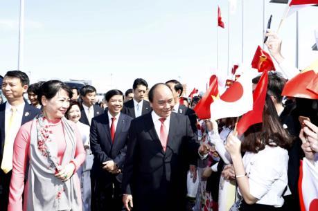 Thủ tướng Nguyễn Xuân Phúc tới Tokyo thăm chính thức Nhật Bản