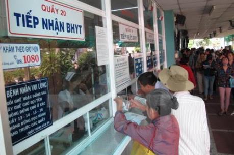 Hà Nội kiểm tra chặt thủ tục khám, chữa bệnh bảo hiểm y tế