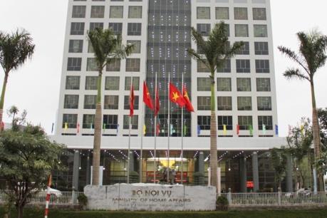 Bộ Nội vụ kiến nghị Lai Châu thu hồi quyết định tuyển dụng công chức